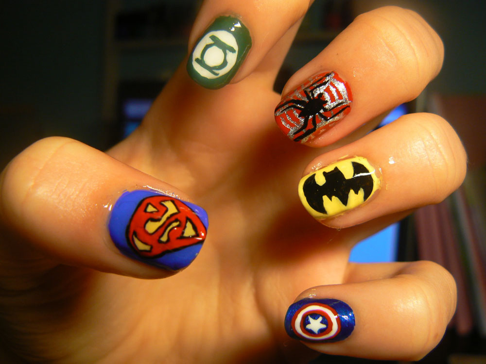 marvel-nail-art